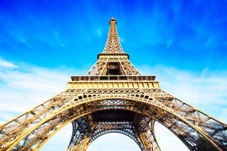 vysoký úhel pohledu: Eiffelova věž fotografie Reklamní fotografie