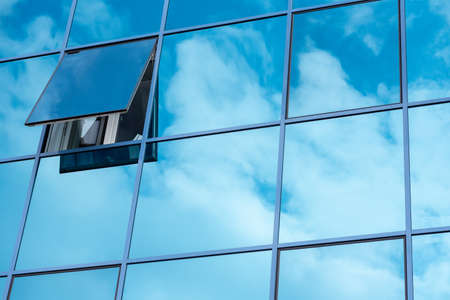 Reflection of the sky in the windows Banque d'images