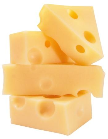 queso: queso apilamiento en uno encima del otro sobre fondo blanco