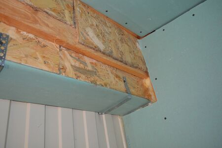 Installation of a suspended structure for drywall Stock fotó