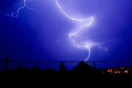 thundering: Lightning