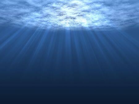 shining through: Una scena subacquea con i sunrays luminoso attraverso l'acqua di superficie brillante e commovente.