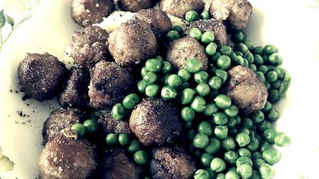 mash: Swedish meatballs with green peas and mash potatoes