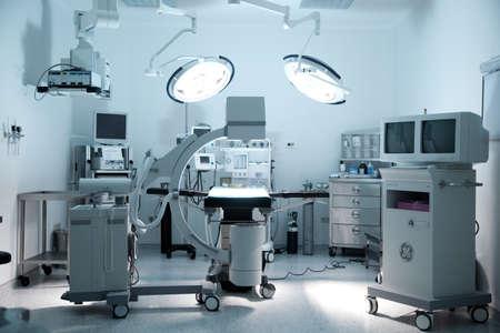 手術室 報道画像