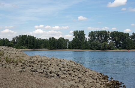 rhein: Shore of the Rhine Rhein at Gernsheim, Hesse, Germany Stock Photo