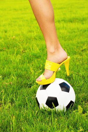 sexy füsse: Fußball und High Heel