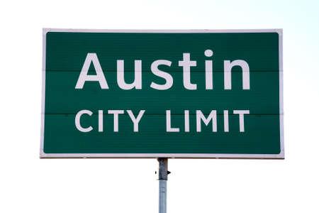 would: Un Austin City Limit segno che volesse vedere quando andare in Austin, TX. Questo � un simbolo popolare di Austin.