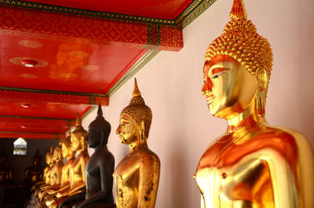 stu:   3642;Buddha Statues at Wat Pho, Bangkok