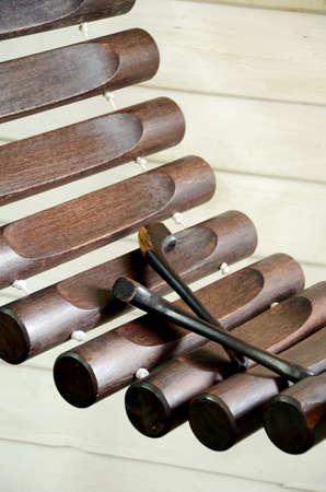 lang: Thai Xylophone called  Pong Lang