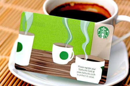 タイのスターバックスでメンバーの利用可能な新しいスターバックス カードは現在、世界で最も大きいコーヒー フランチャイズです。