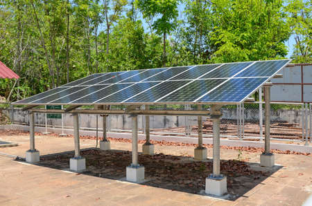 alternativ: Household Solar Energy for Household Electrical Supply. The Clean Energy for Today.