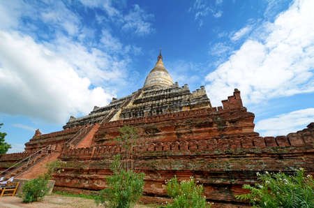 Shwe Sandaw Pagoda in Bagan, Myanmar. On the topmost terrace rises a bell-shaped stupa. Stock Photo