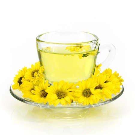 有機農園から菊のお茶。