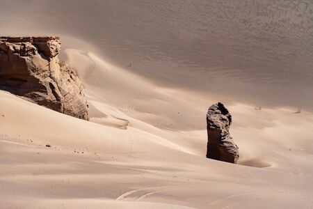 the formation of sand stones in lut desert