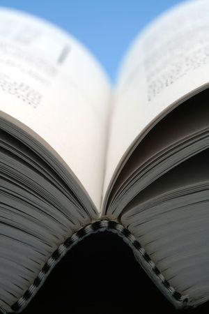 Open book, close-up 版權商用圖片