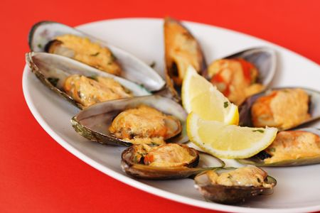 mussels: Baked mussels with mayonnaise