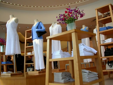 tienda de ropas: La mujer moderna tienda de ropa