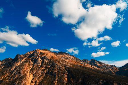 A beautiful view fo Cascades Mountain at Washington state photo