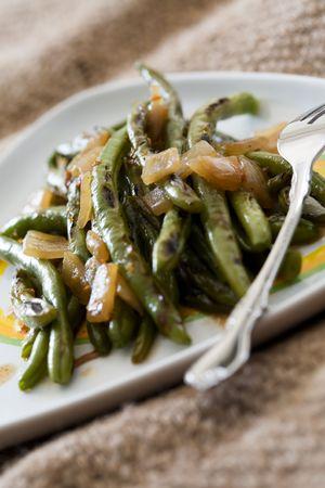 green beans: Delicioso jud�as verdes fritos con cebolla