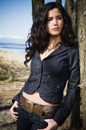 A portrait of a beautiful hispanic woman outdoor at the beach Zdjęcie Seryjne