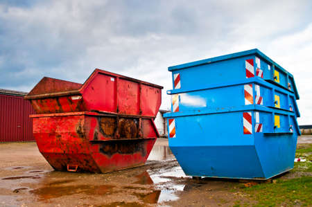 Afvalcontainer op een recycling-site Stockfoto