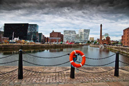 mersey: New and old buildings around the Mersey Docks in Liverpool Stock Photo