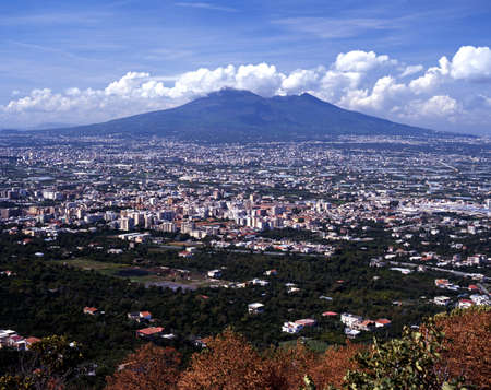 Mount Vesuvius a the fertile plain south of Naples, Near Naples, Campania, Italy, Europe Stock Photo - 13288693