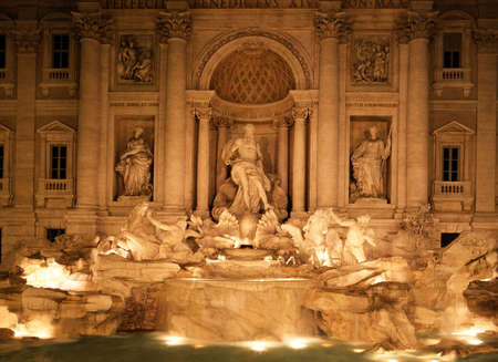 Trevi Fountain lit up at night, Rome, Lazio, Italy, Europe  Stock Photo - 13288353