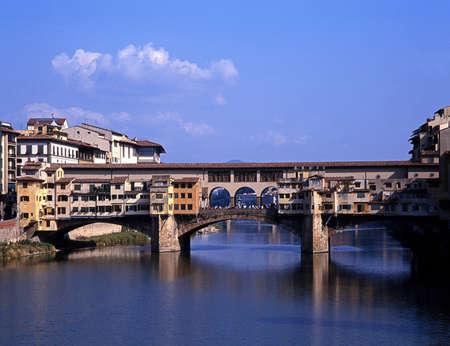 river arno: River Arno, Ponte vecchio, Florence, Tuscany, Italy, Europe  Stock Photo