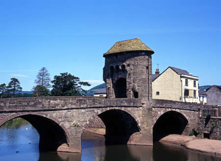 gatehouse: Monnow Bridge and Gatehouse, Monmouth, Gwent, Wales, UK, Western Europe