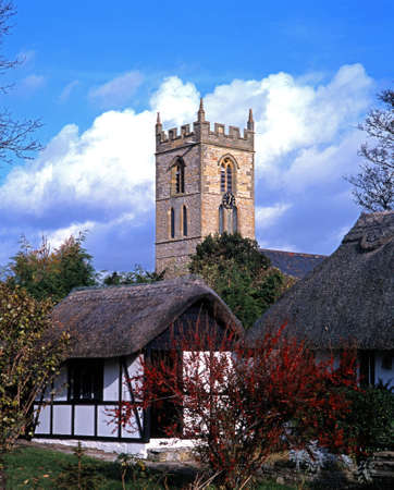 welford on avon: Thatched cottages with St  Peter