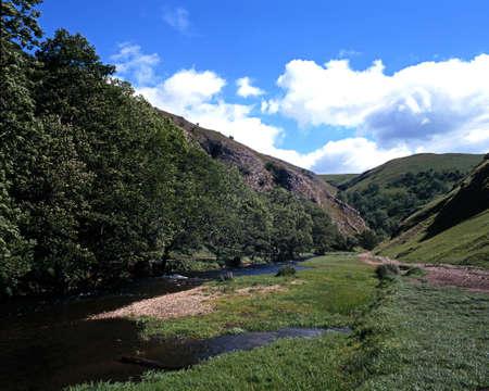 midlands: River Dove passing through Dovedale, Peak District, Derbyshire, England, UK, Western Europe