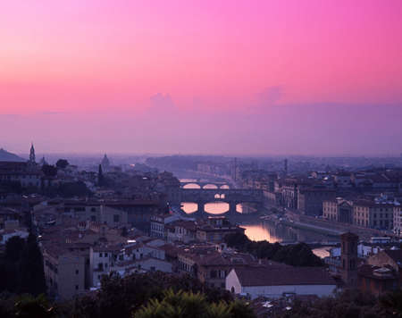 river arno: View over the city, Ponte Vecchio and River Arno at sunset, Florence, Tuscany, Italy, Europe