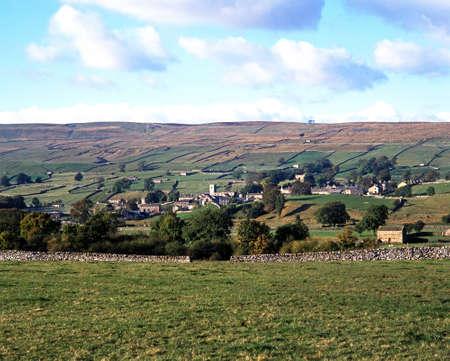 wensleydale: Vista de la ciudad y sus alrededores, Askrigg, Wensleydale, Yorkshire Dales, North Yorkshire, Inglaterra, Reino Unido, Gran Breta�a, Europa Occidental Foto de archivo