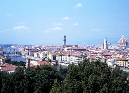 river arno: View of the ponte vecchio, Duomo and river arno from the park michelangelo, Florence, Tuscany, Italy, Western Europe