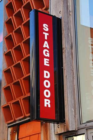 tortillera: Etapa muestra de la puerta en el Teatro Garrick lo largo Castillo Dyke, Lichfield, Staffordshire, Inglaterra, Reino Unido, Europa Occidental Editorial
