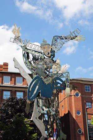 metal sculpture: Nottingham, UK - 17 Luglio, 2014 - Metal scultura pubblicit� Playhouse Theatre, Nottingham, Nottinghamshire, Inghilterra, Regno Unito, Europa occidentale.