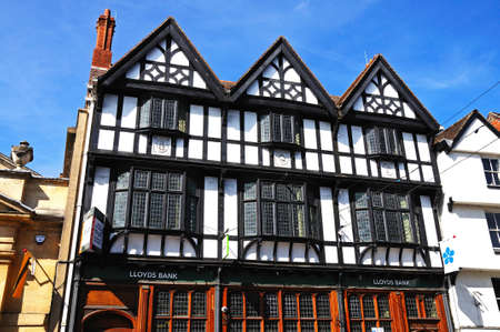 lloyds: Tewkesbury, UK - September 8, 2014 - Tudor building housing Lloyds Bank along the High Street, Tewkesbury, Gloucestershire, England, UK, Western Europe.