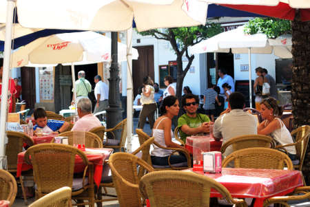 alfresco: Pavement cafe in the city centre, Jerez de la Frontera, Cadiz Province, Andalusia, Spain, Western Europe.