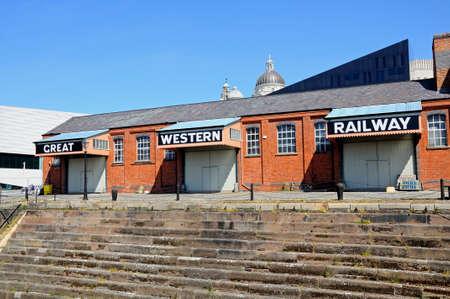merseyside: Grande edificio occidentale Ferrovia a Canning Dock, Liverpool, Merseyside, Inghilterra, Regno Unito, Europa occidentale. Editoriali