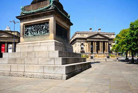 merseyside: Base della colonna Wellington e della contea Sessions Court House, Liverpool, Merseyside, Inghilterra, Regno Unito, Europa occidentale. Editoriali