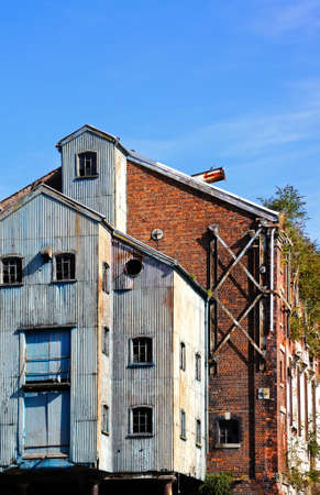 gloucestershire: Old warehouses in Gloucester Docks, Gloucester, Gloucestershire, England, UK, Western Europe.