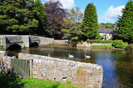 derbyshire: Sheepwash bridge on the River Wye, Ashford-in-the-Water, Derbyshire, England, UK, Western Europe.