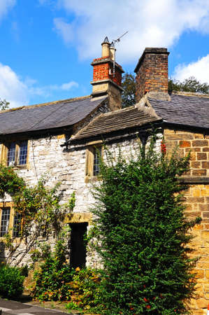western europe: Typical Peak District Cottage, Bakewell, Derbyshire, England, UK, Western Europe. Stock Photo