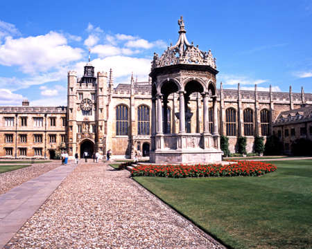 cambridgeshire: View of Trinity College and courtyard with a fountain in the foreground, Cambridge, Cambridgeshire, England, UK, Western Europe.