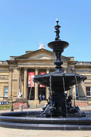 neo classical: Walker Art Gallery with the Steble fountain in the foreground, Liverpool, Merseyside, England, UK, Western Europe.