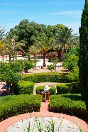 Courtyard gardens inside the Medieval castle, Silves, Portugal, Europe. Stok Fotoğraf