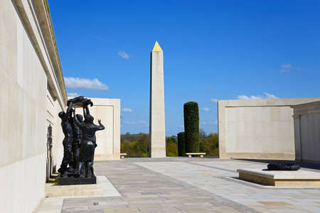 Statue and cenotaph within the Armed Forces Memorial, National Memorial Arboretum, Alrewas, Staffordshire, England, UK, Western Europe. Sajtókép