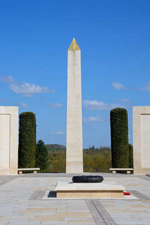 View of the cenotaph within the Armed Forces Memorial, National Memorial Arboretum, Alrewas, Staffordshire, England, UK, Western Europe. Sajtókép