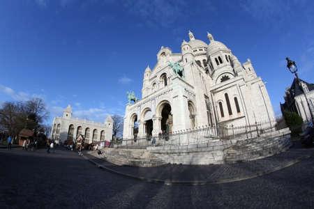 sacre coeur: Sacre coeur basilica in Montmartre, Paris, France Banque d'images